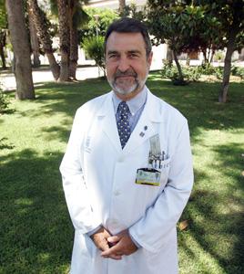 Equipo médico de la unidad de cancer de mama del hospital general de Valencia.
