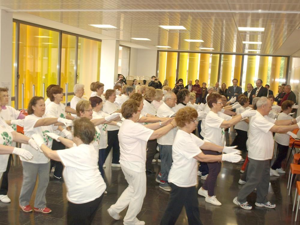 Grupo de pacientes del CS Fuensanta en el programa de ejercicio físico