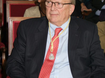 Carlos Camps Academia de Medicina BL