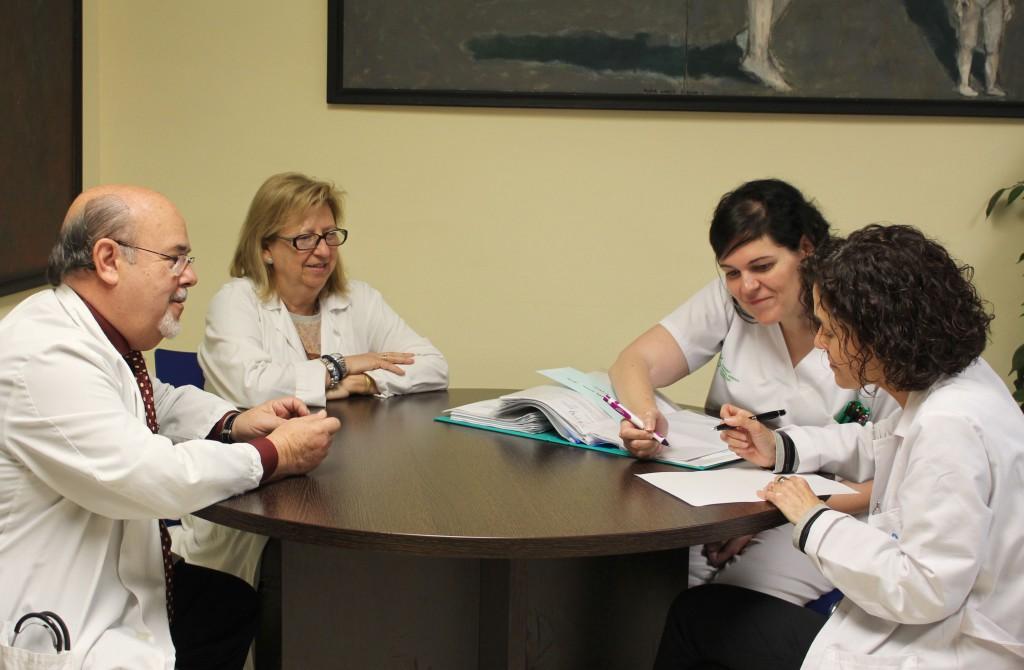 2015 04 15 Consulta Enfermeria Reuma mesa