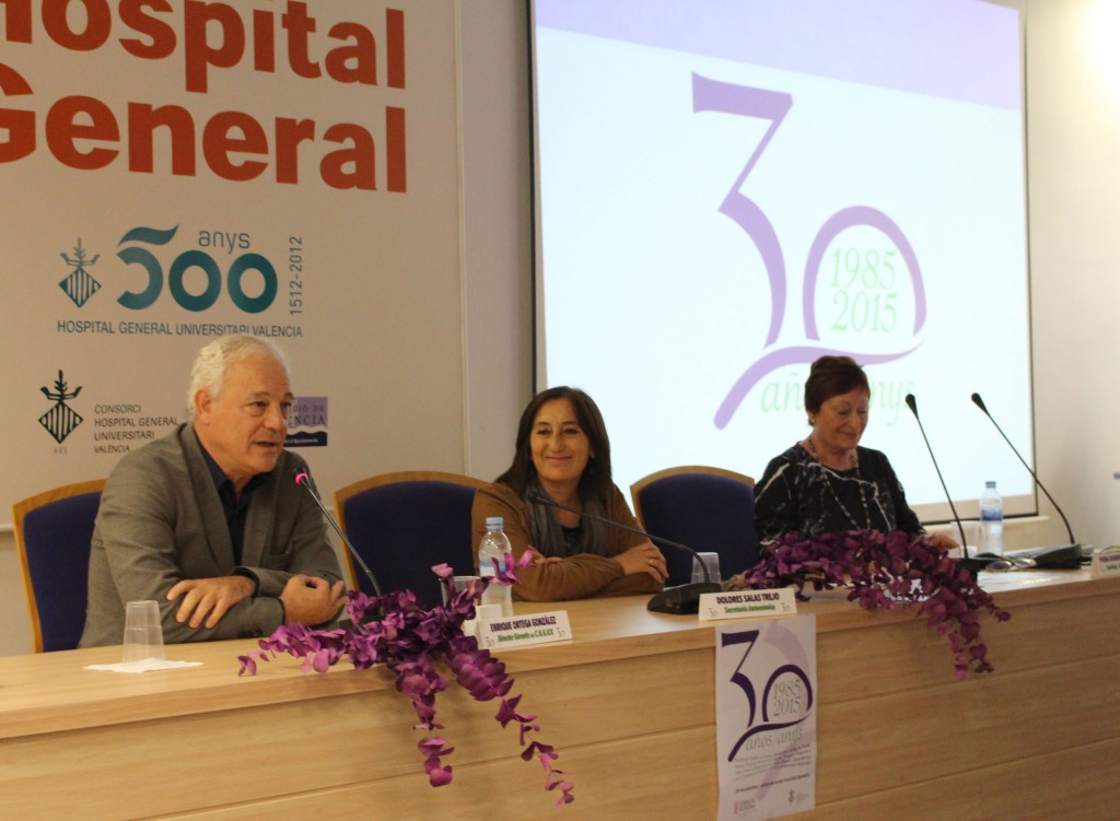 20151120 DoloresSalas inaugura jornada 30 anys Salut Sexual Torrent 3