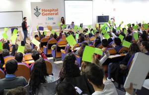 2015 12 01 El Hopital  General conmemora  contra el SIDA verde BAJA