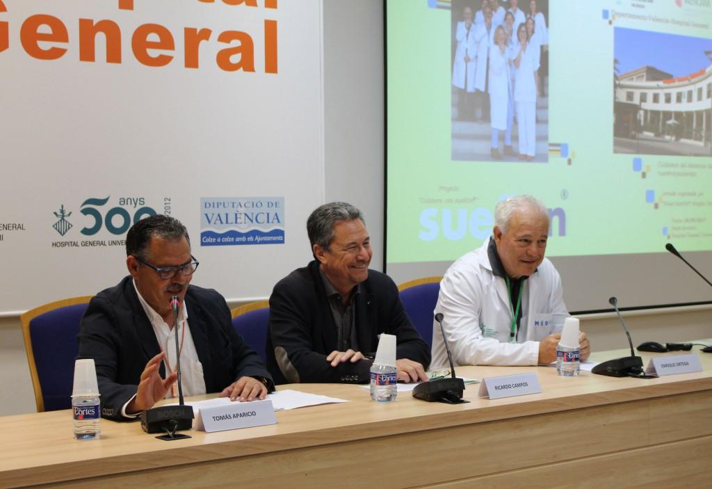 2017 04 26 Dir EnfermeriaTomas Aparicio, Ricardo Campos y Dir hospital Enrique Ortega Suenyon