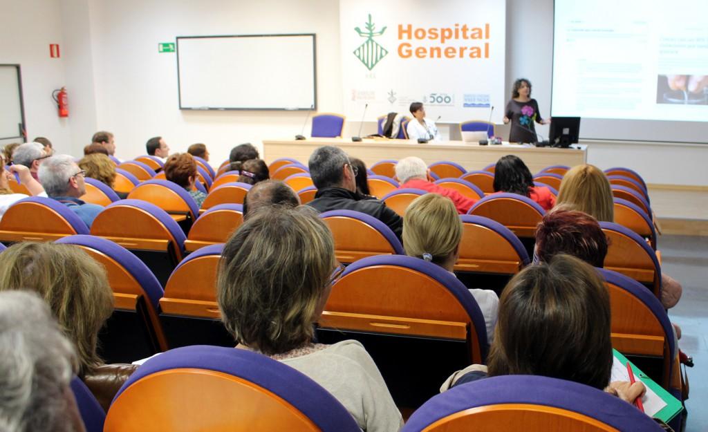 Publico conferencia contra violencia de genero