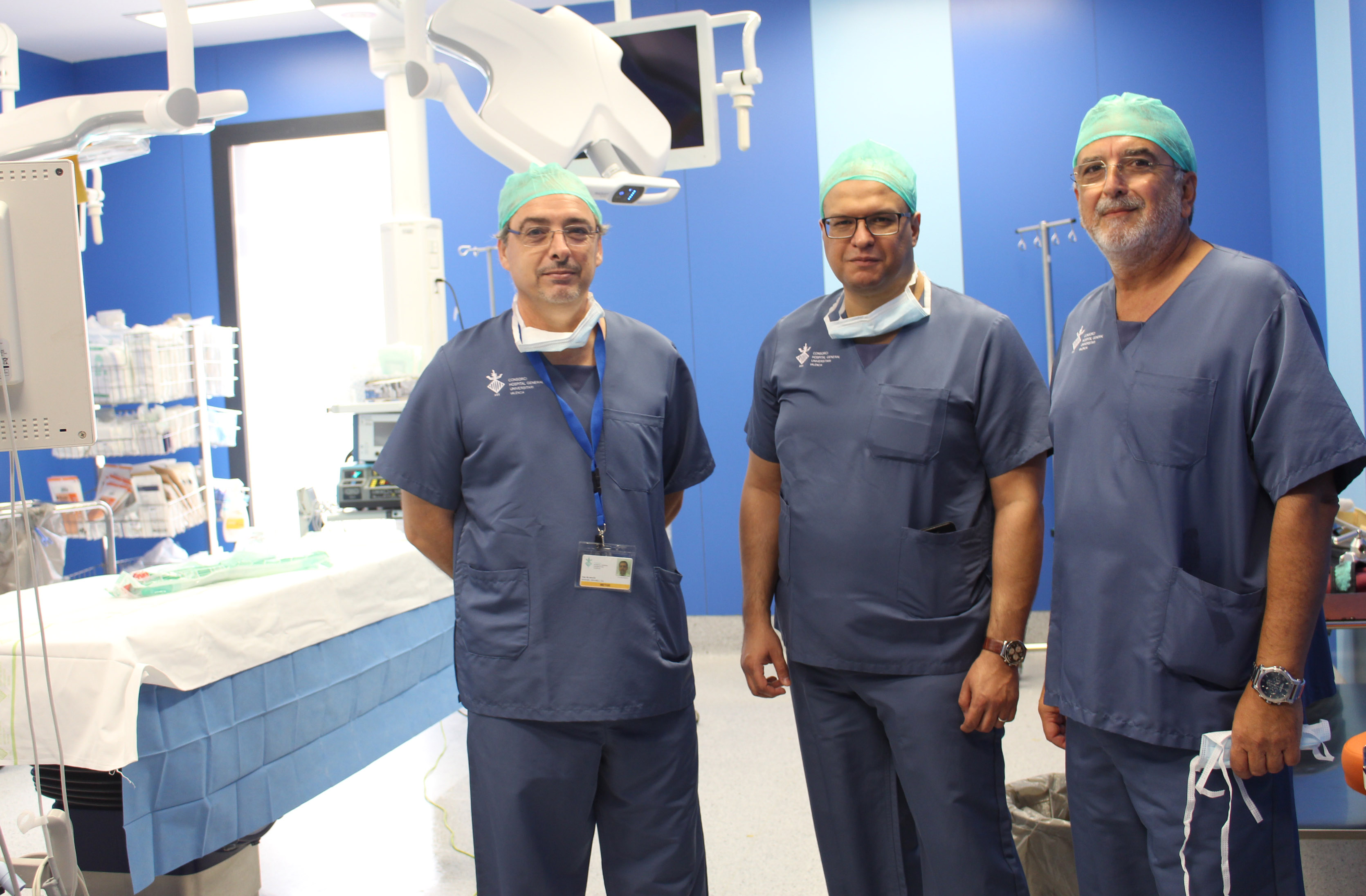 2017 10 03 Mohamed R. Tahan visita edificio quirugico HGUV
